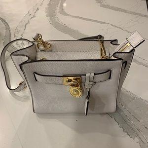 Michael Kors White Leather Wallet!